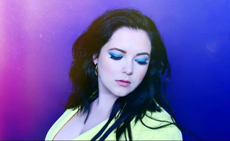 Nashville based pop singer songwriter Kamryn Marie